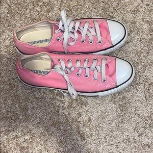Baby Pink Converse !